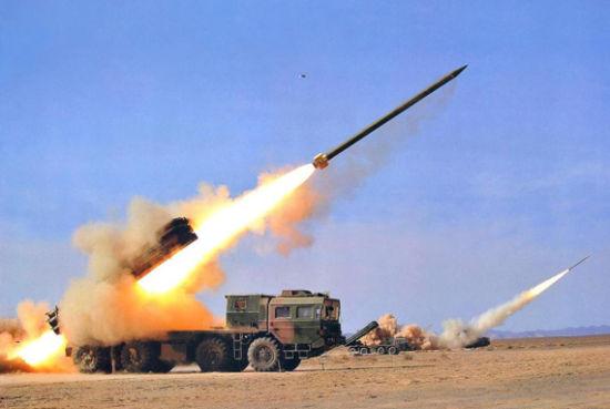 资料图:中国PHL03式300毫米远程火箭炮