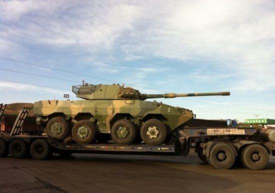 资料图:国产ZBL09式 8X8轮式装甲105突击炮