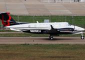 比奇空中国王350双发涡桨公务机
