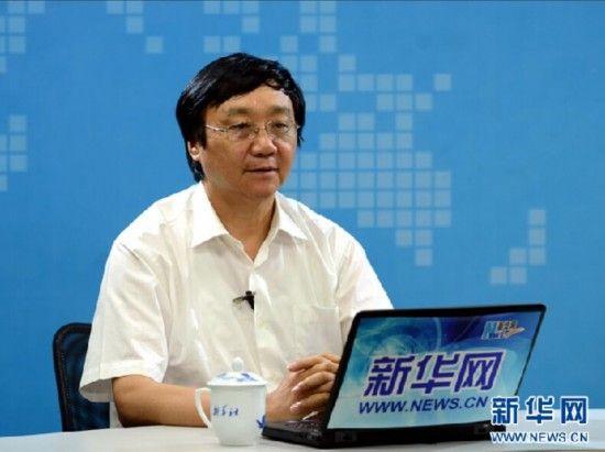 资料图:朱成山做客新华网