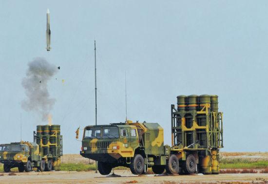 """资料图:据俄罗斯媒体报道:中国为陆军研制的""""红旗-16A""""中程防空导弹已经列装部队,该导弹射程为30公里。采用泰安TA5350轮式越野车底盘,主要用于替代老旧的""""红旗-61""""系统。""""红旗-16A""""配备6枚导弹,能与""""红旗-9""""系统一起打造中空和高空区域防空系统。"""