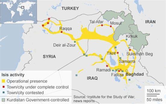 """资料图:不少媒体热衷在地图上标明所谓""""ISIS控制区域"""",与伊拉克政府占领区域对比。殊不知这种比较缺乏实际意义"""