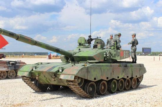 资料图:96A坦克最大的改进是使用较之前下反观瞄先进的上反观瞄。