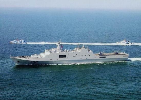 资料图:中国海军目前现役最大的登陆舰071级