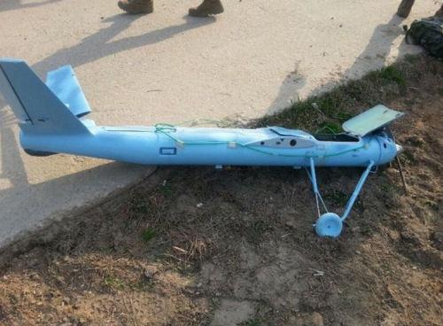 图为韩国军方发觉的无人机残骸。