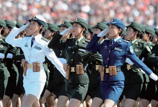 2009年国庆60周年阅兵式中的女兵方队