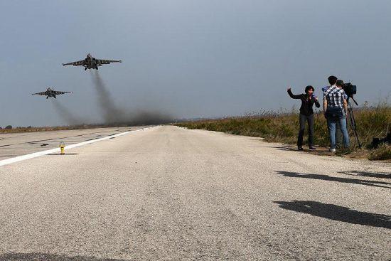 记者探访俄在叙空军基地