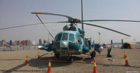 米-171直升机摆布各照顾一枚导弹,机鼻部位装置有火控雷达