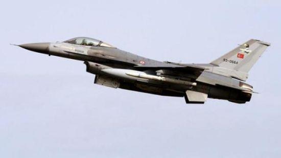 材料图:土耳其F16战争机
