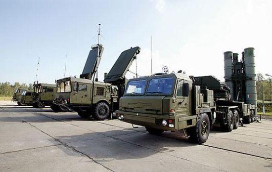 资料图:俄罗斯S-400远程防空系统