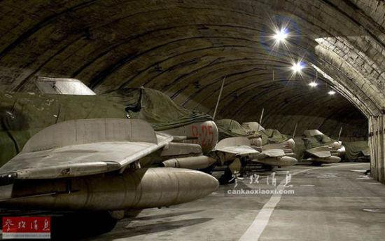 原文配图:阿尔巴尼亚中国歼6。