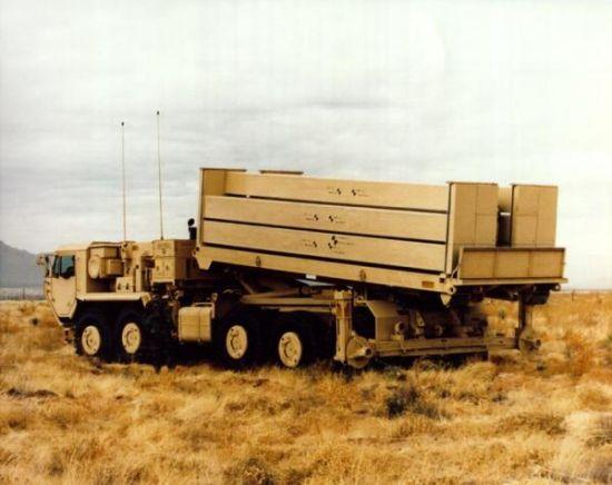 THAAD反导系统导弹发射车