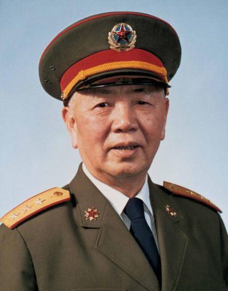 刘华清将军