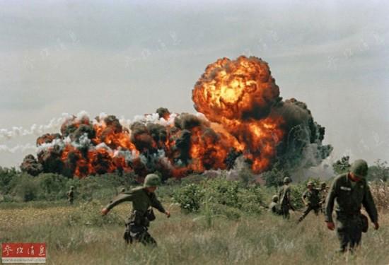 美学者:美国疑神疑鬼惧怕和平用战争消除恐惧