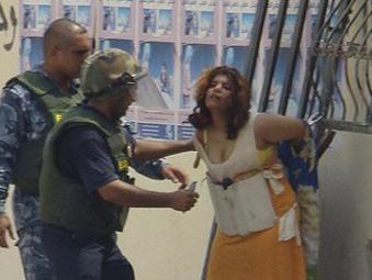伊拉克少女人体炸弹临阵反悔向军警自首!