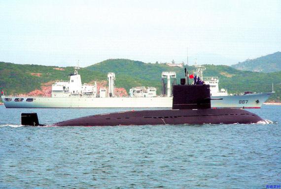 图文:中国海军新型元级潜艇