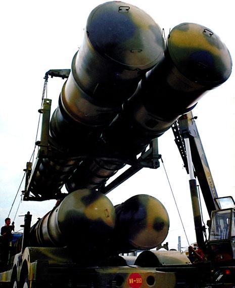 中国装备新型S-300防空导弹比俄军自用型先进