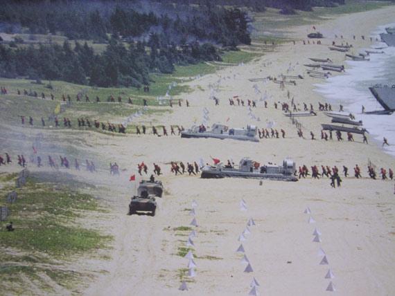 台称解放军开练多维快速抢滩登岛时间成倍缩短