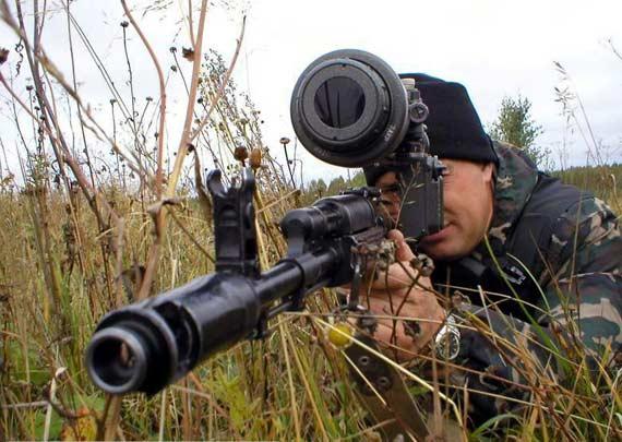 俄罗斯考虑授权印度自产AK系列突击步枪(组图)