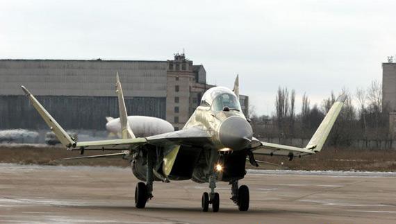 俄将从5月份起向印度海军交付米格-29K舰载机