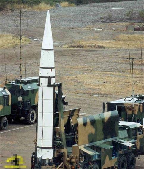 解放军二炮自行研制建成数字化导弹部队(组图)