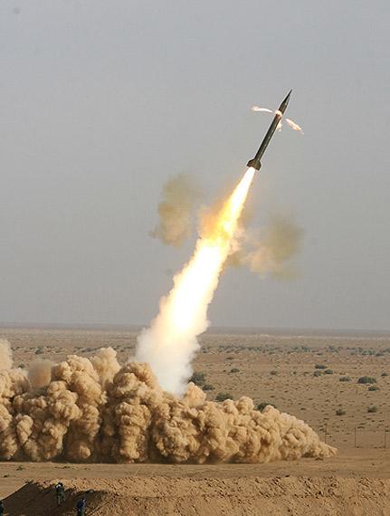 伊朗因展出攻击性导弹武器被赶出亚洲防务展