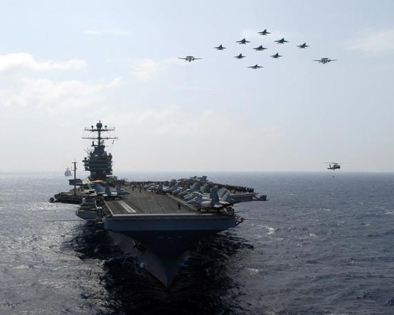 图文:美国海军CVN-72林肯号航母武力展示