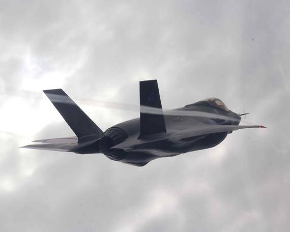 洛-马公司开始生产外销型F-35战机零部件(图)