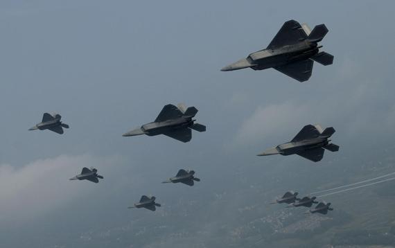 图文:美空军目前已经装备超过110架F-22A战机