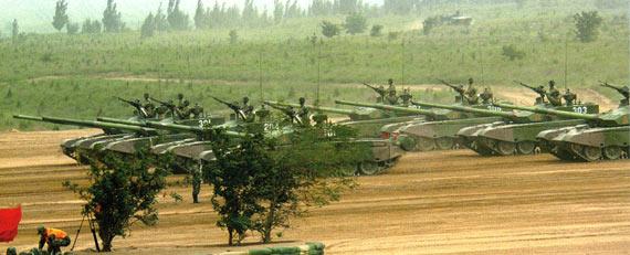 图文:文章称99式坦克在1800米距离上击穿M1A2前装甲