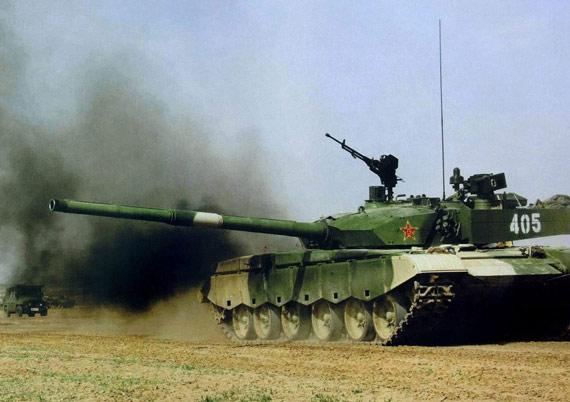 俄军重装甲部队将在2025年前全面换装T-90坦克