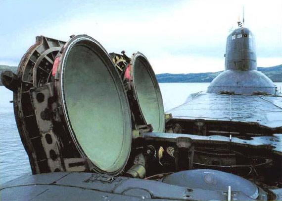 图文:俄海军服役的台风级战略核潜艇