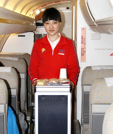 天津航空有限责任公司乘务二中队乘务员李萌