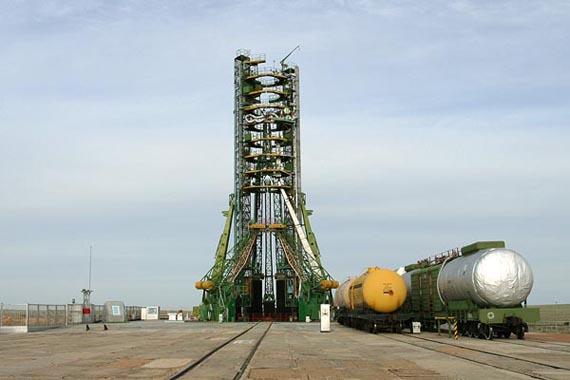 """苏联第一架不载人的""""暴风雪""""号航天飞机也是从拜科努尔首次发射升空"""
