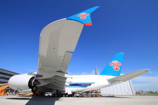 南航公布中国首架a380飞机客舱布局