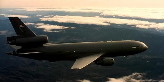 美军KC-10加油机唯美飞行视频