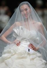 1号蒋思思《蔷薇的婚礼》获银奖