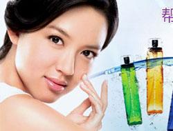 新浪精品达人第一期:教你选择与肌肤最爱的化妆水