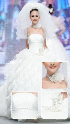 圣洁白色+优雅女人味花开枝头 蔡美月织造灵魂的嫁衣