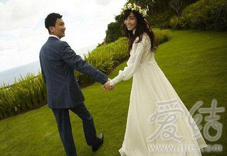 爱到天涯海角 去海边结婚吧