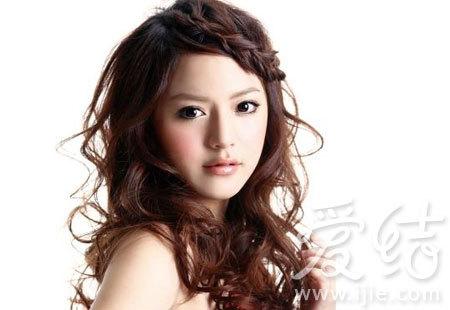 甜美的辫子刘海