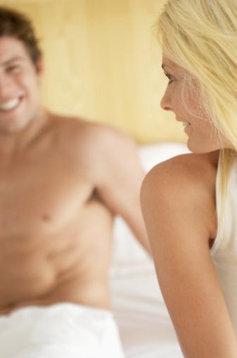 """床上秘密:男人为何害怕你说""""我还要"""""""