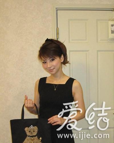 43岁日本睡衣美颜晒性感私照,熟龄美家庭爆魔女超主妇透明图片