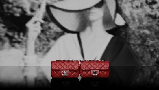 Chanel(香奈儿)推出2012度假系列:红色经典款链条包