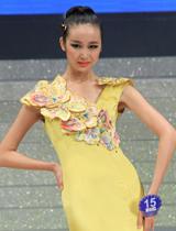 黄色礼服优雅动人