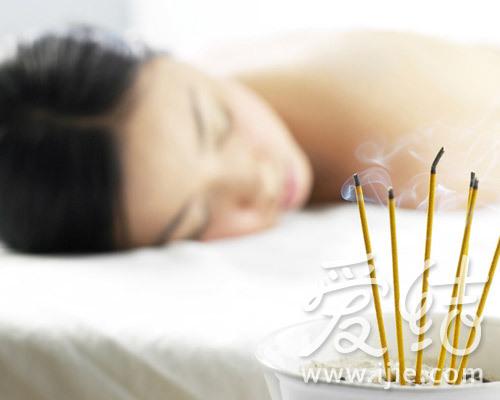 女性spa水疗按摩