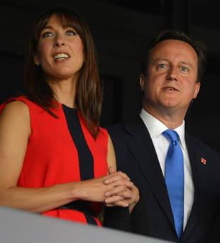 英国首相卡梅伦及其夫人