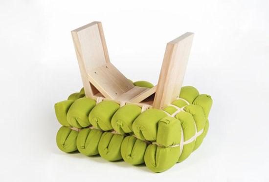 折叠泡沫垫、固定木架、弹性绑带构成