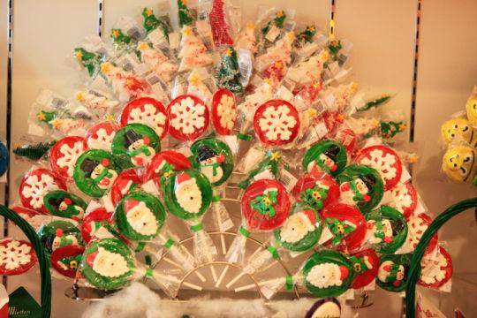 浓情圣诞:亚洲最大糖果店