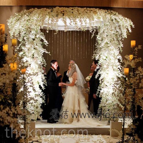 优美华丽的白色室内婚礼--新疆网--新疆门户